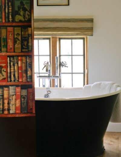 bath-and-bookcase-682x1024